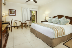 Manchebo Beach Resort & Spa