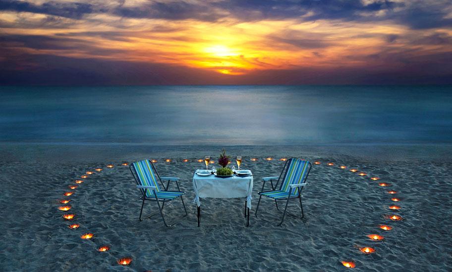 St. Lucia Hochzeitsreise Strand Candle Light Dinner